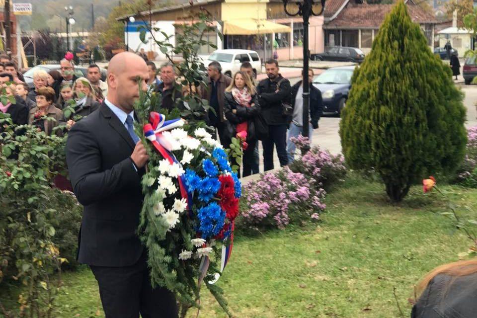 Odavanje pošte palim borcima za slobodu u Leposaviću