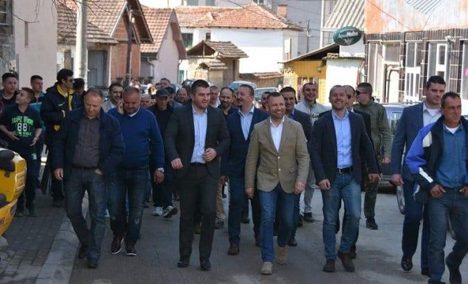 Јевтић: Због опстанка Срба на КиМ значајно да победи Вучић