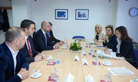 Predstavnici Srpske liste sa Genovevom Ruiz Kalaverom iz EK