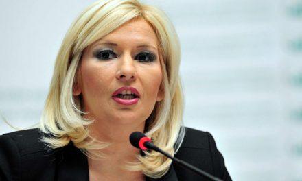 Михајловићева: Србе на Kосову неће представљати злочинци