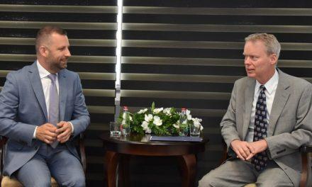 Jevtić i Delavi o povratku i stabilizaciji zajednica