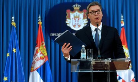VUČIĆ: podržavam odluku Srpske liste