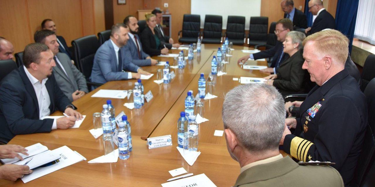 Представници косовских Срба са делегацијом НАТО-а о безбедности