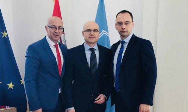 Формирање Заједнице српских општина обавеза Приштине и Брисела