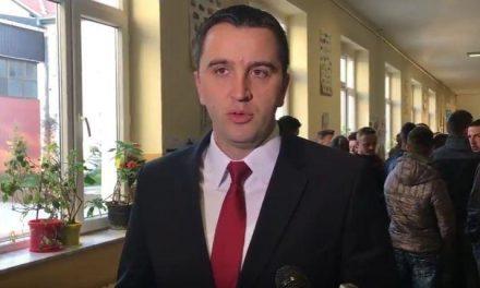 Стојановић и Поповић предали свој глас за председника Србије